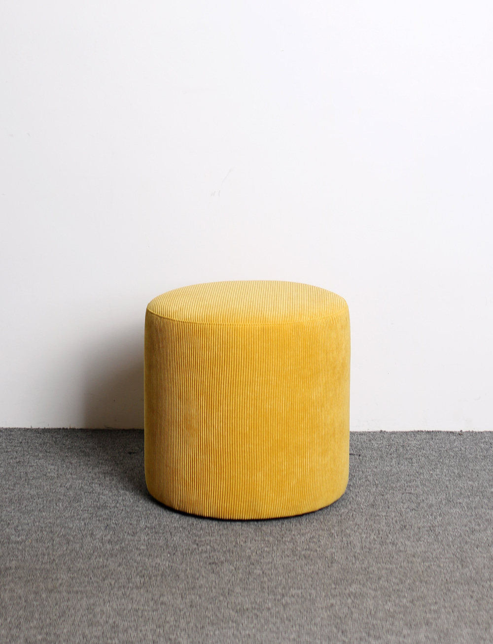 Figure stool Yellow